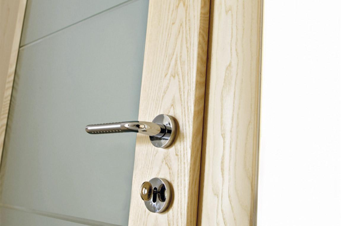 porte-in-legno-con-vetrate-vetrate