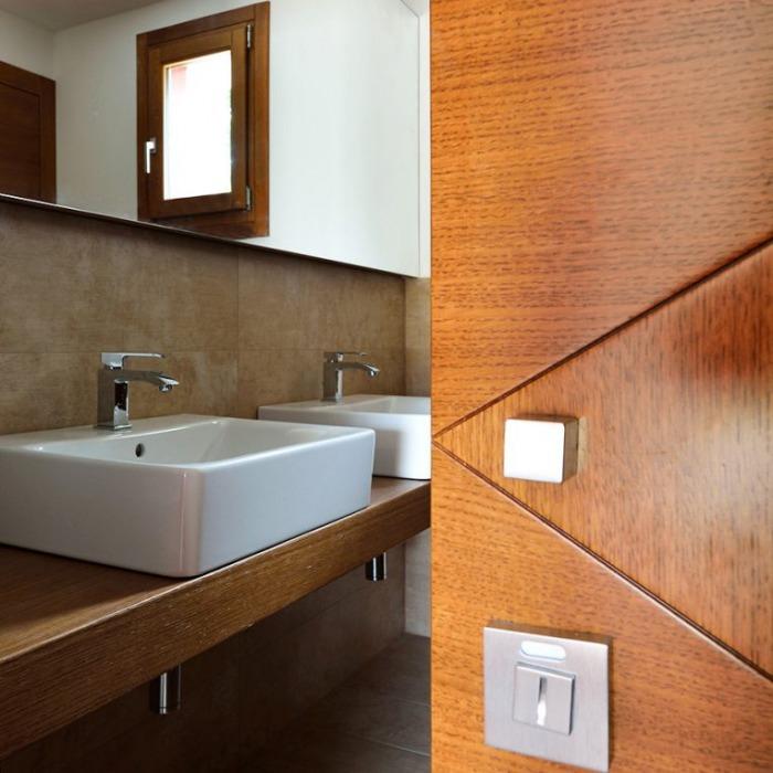 porta scorrevole in legno su misura