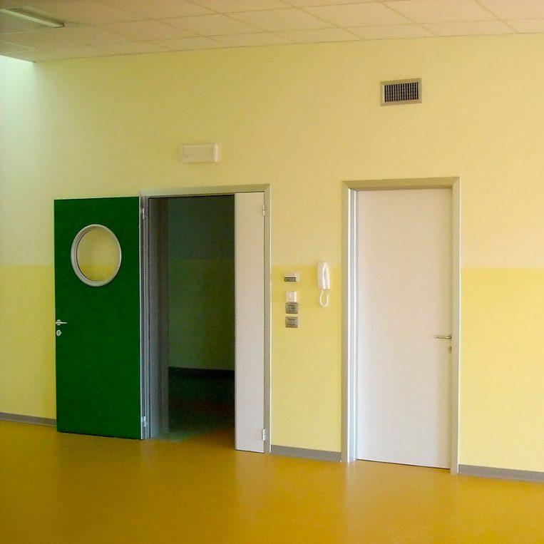 porte tecniche alluminio hospital