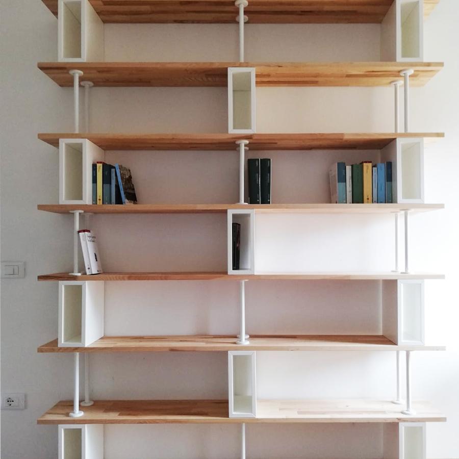 libreria-in-legno_con-ripiani